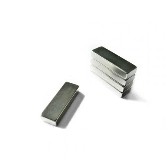 Neodímium hasáb mágnes,  10mm x 5mm x 30mm, N48