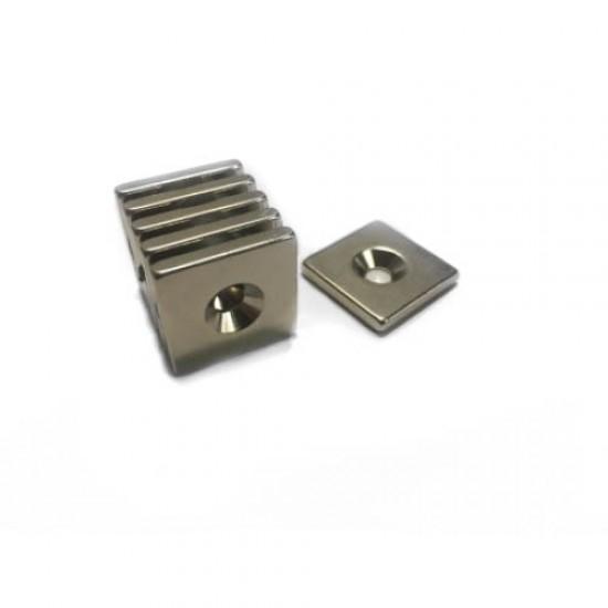 Neodímium hasáb mágnes,  20mm x 20mm x 3mm, N48, süllyesztett