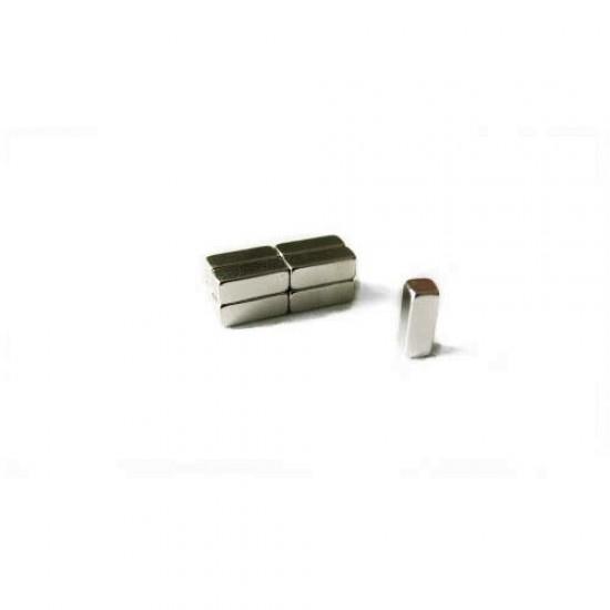 Neodímium hasáb mágnes,  3mm x 3mm x 8mm, N35