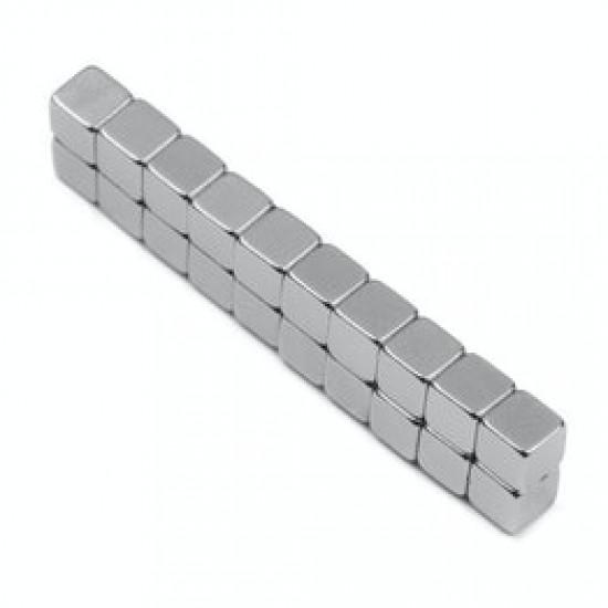 Neodímium kocka mágnes,  3mm x 3mm x 3mm, N35